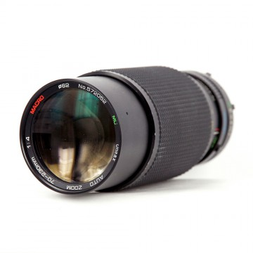 Unitax auto zoom MC macro 70-230mm/4 (MD)