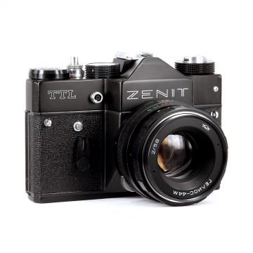 ЗЕНИТ-TTL + Гелиос-44М 58mm/2,0
