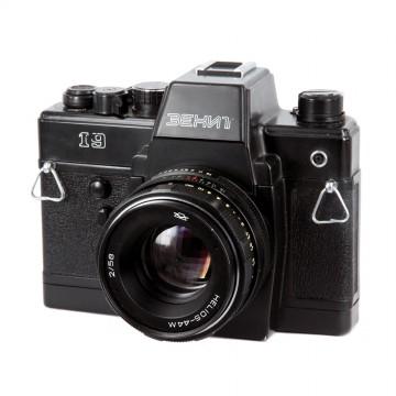 ЗЕНИТ-19 + Гелиос-44М 58mm/2,0